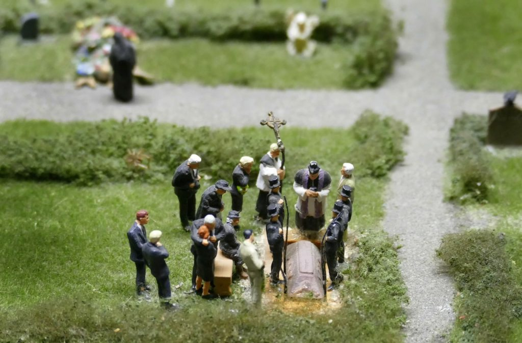 model-funeral