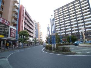 鳩ヶ谷駅前